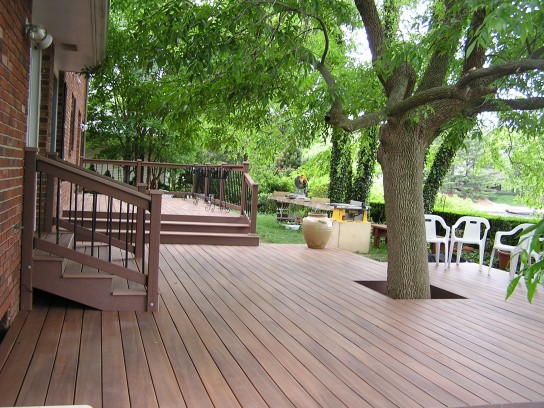 Full view of deck